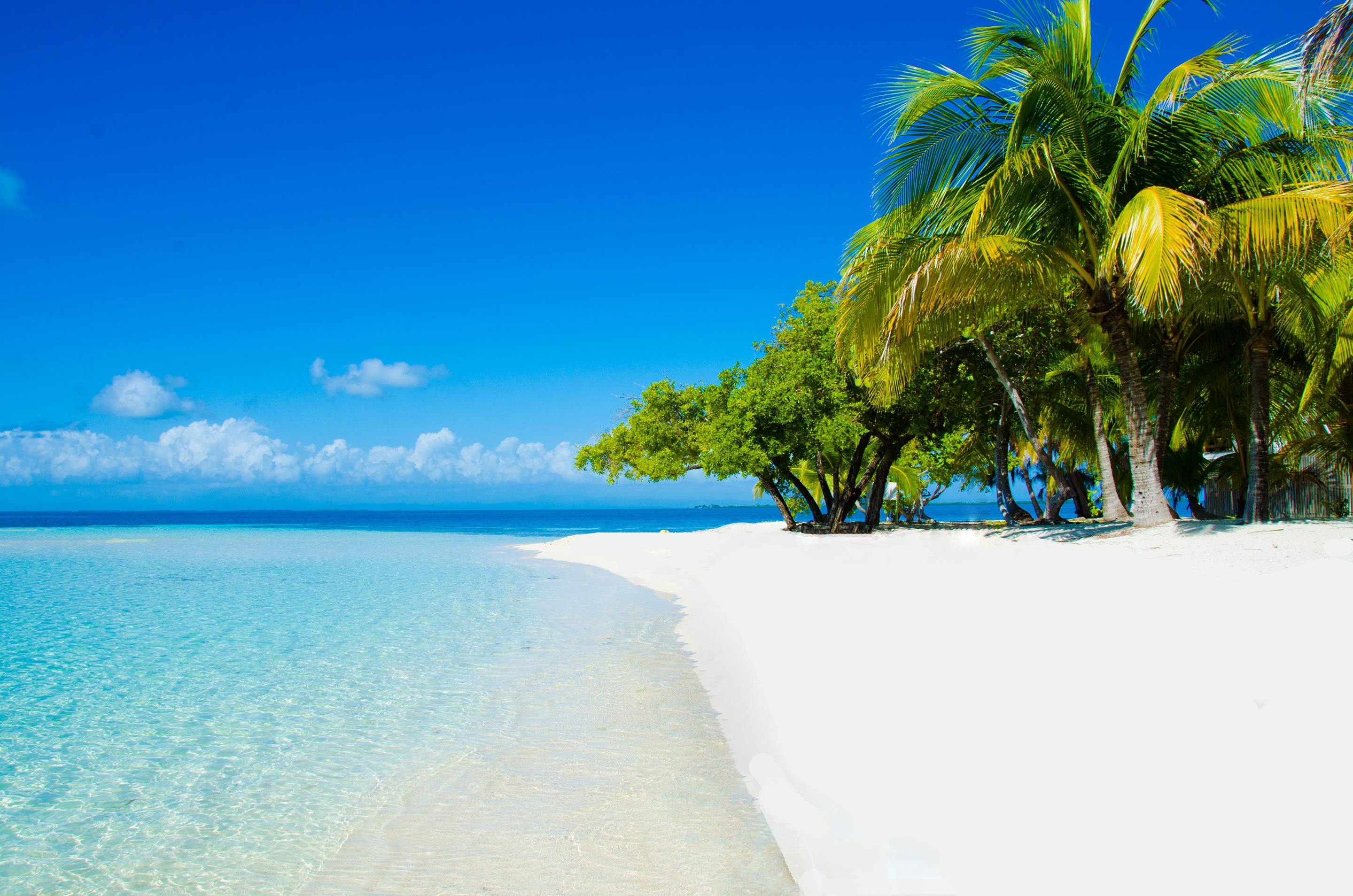 White sand beaches in Belize
